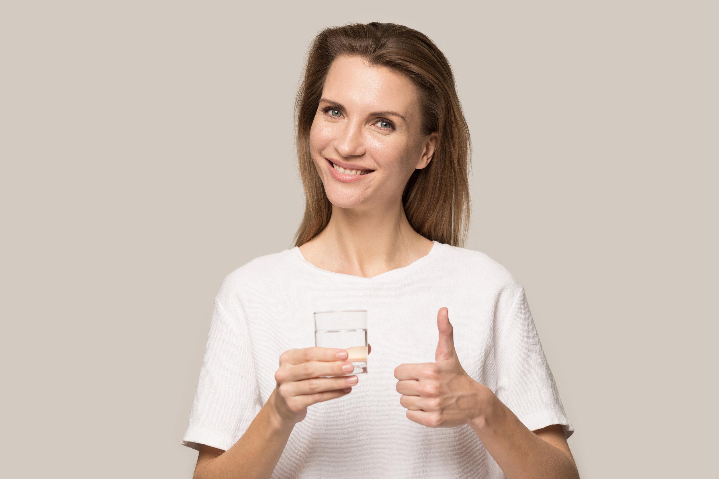 Miben segíthet az éhgyomorra fogyasztott ivóvíz?