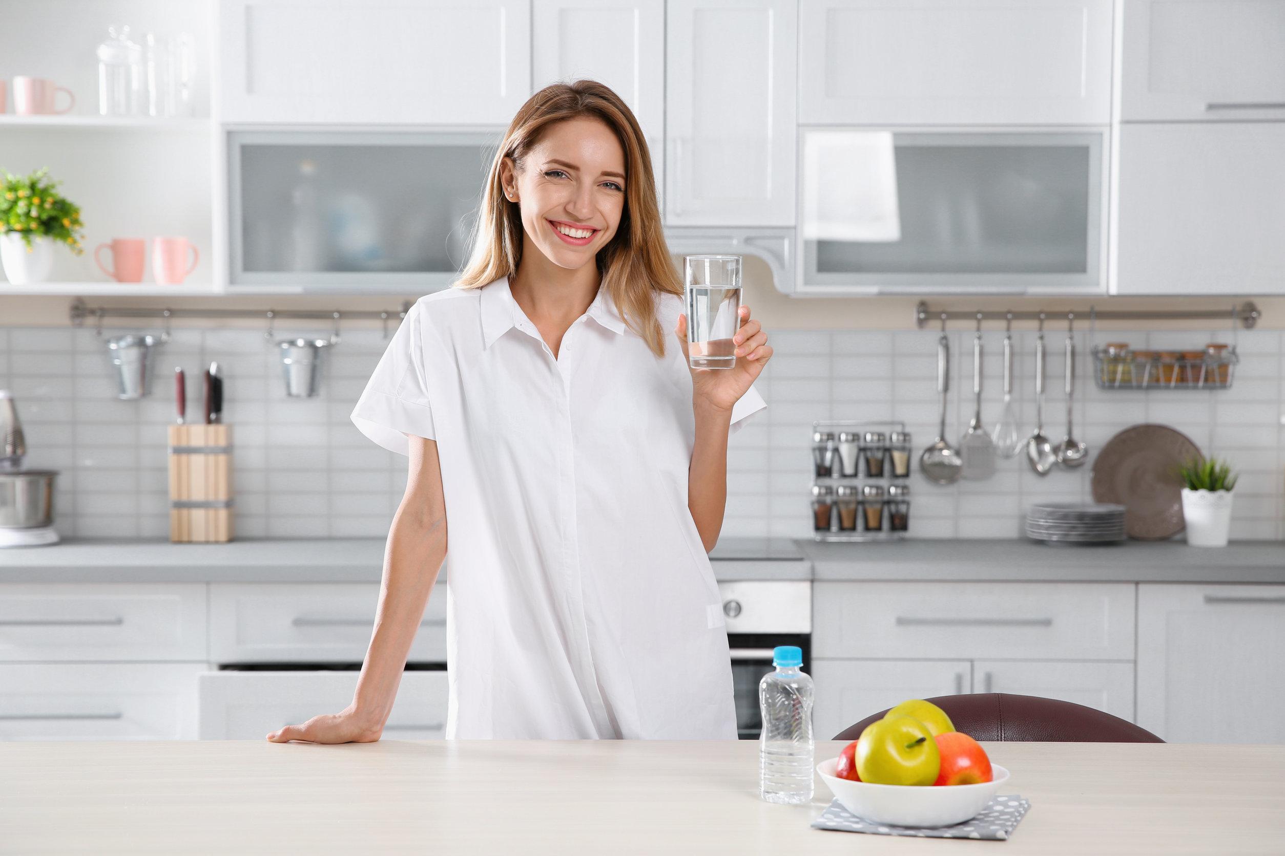 A fölösleges kalóriák helyett igyál inkább vizet