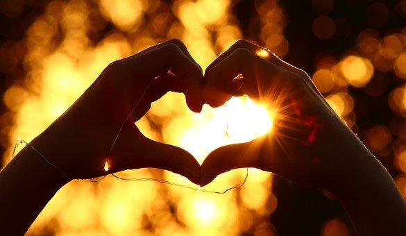 Kézzel formált szív