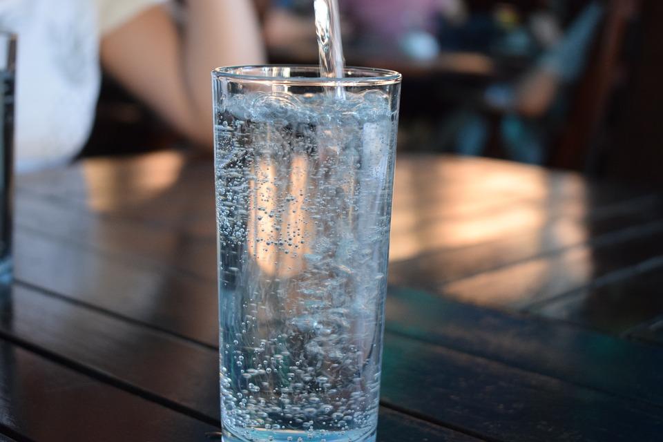Segítő applikációk a megfelelő ivóvízfogyasztásért