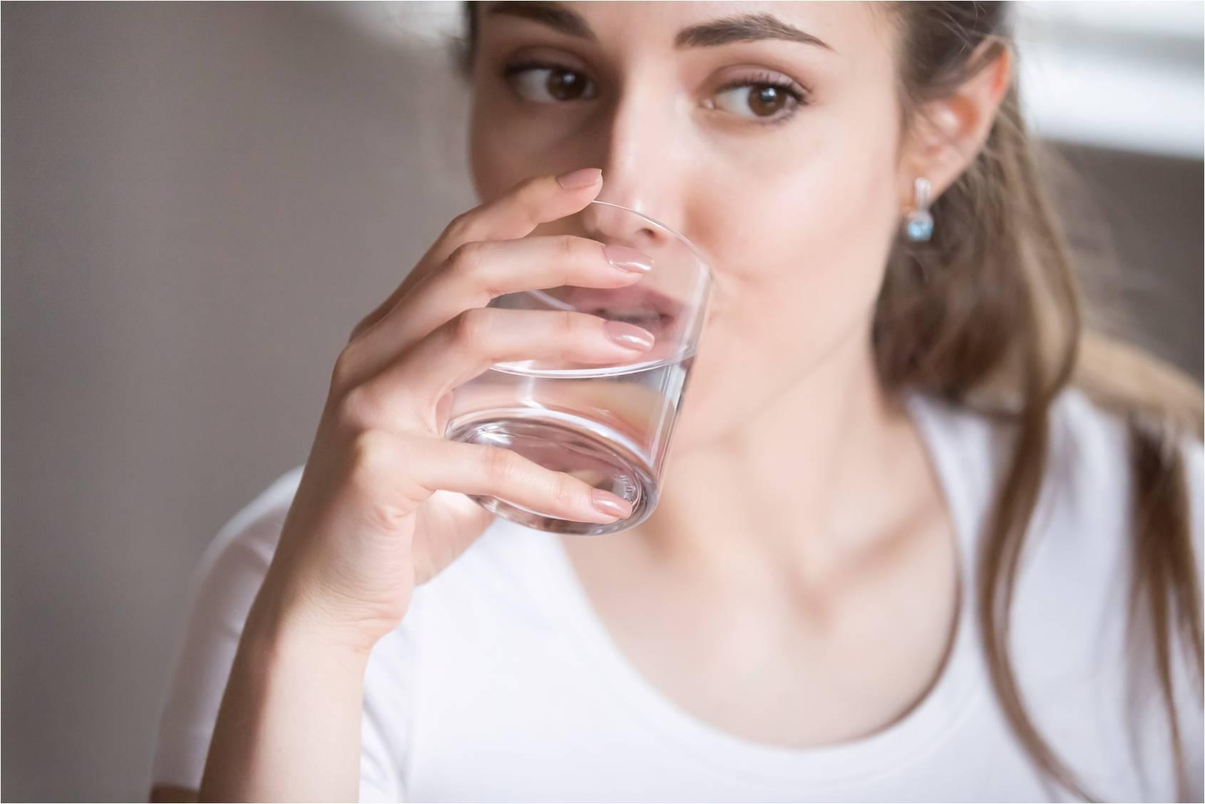 Mennyi ivóvizet fogyasszunk, hogy egészségesek fittek maradjunk?
